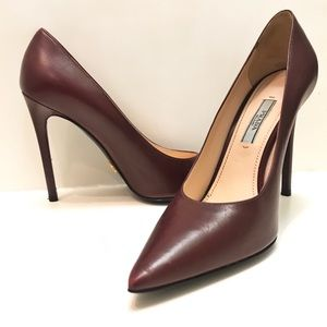Prada Pointed Toe Leather Pumps